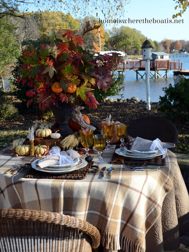 A Last Hurrah for Fall Leaves and Pumpkins Table