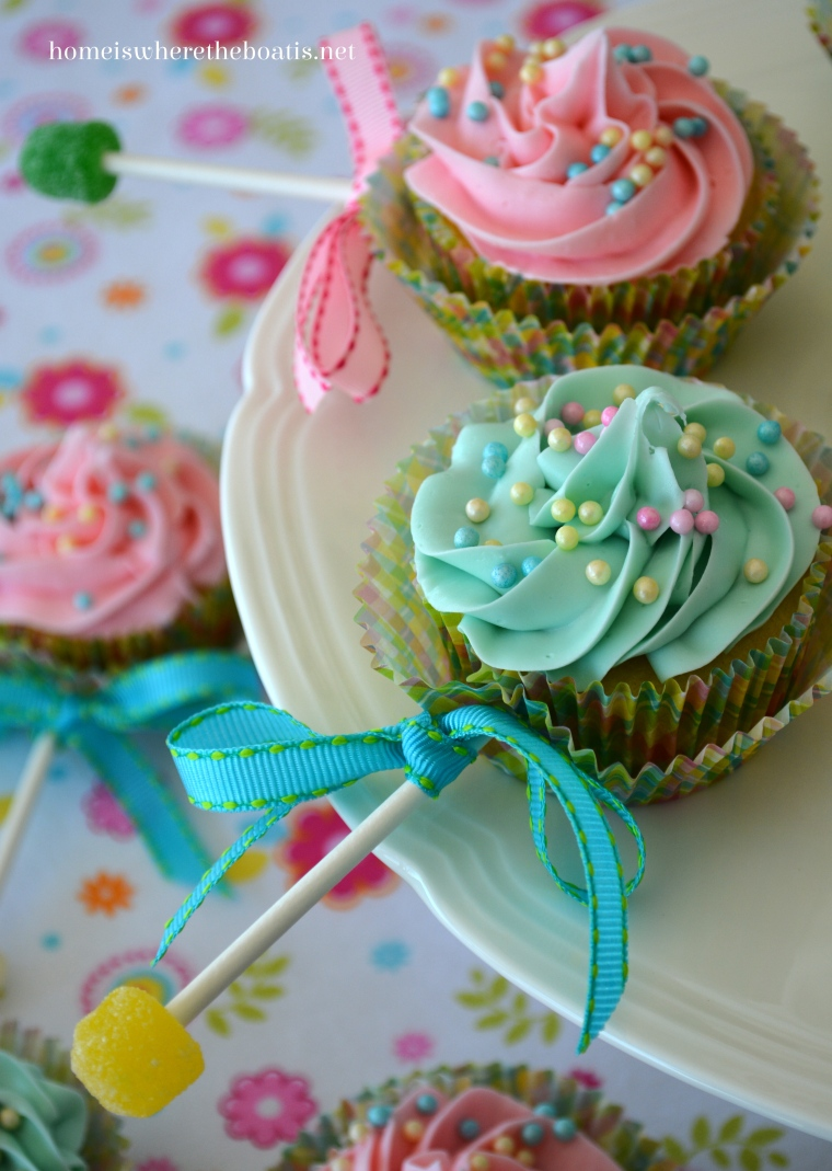Baby Rattle Cupcakes – Home is Where the Boat Is