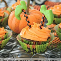 Tricks for Your Treats: Tootsie Roll Witch Shoe Cupcake Toppers