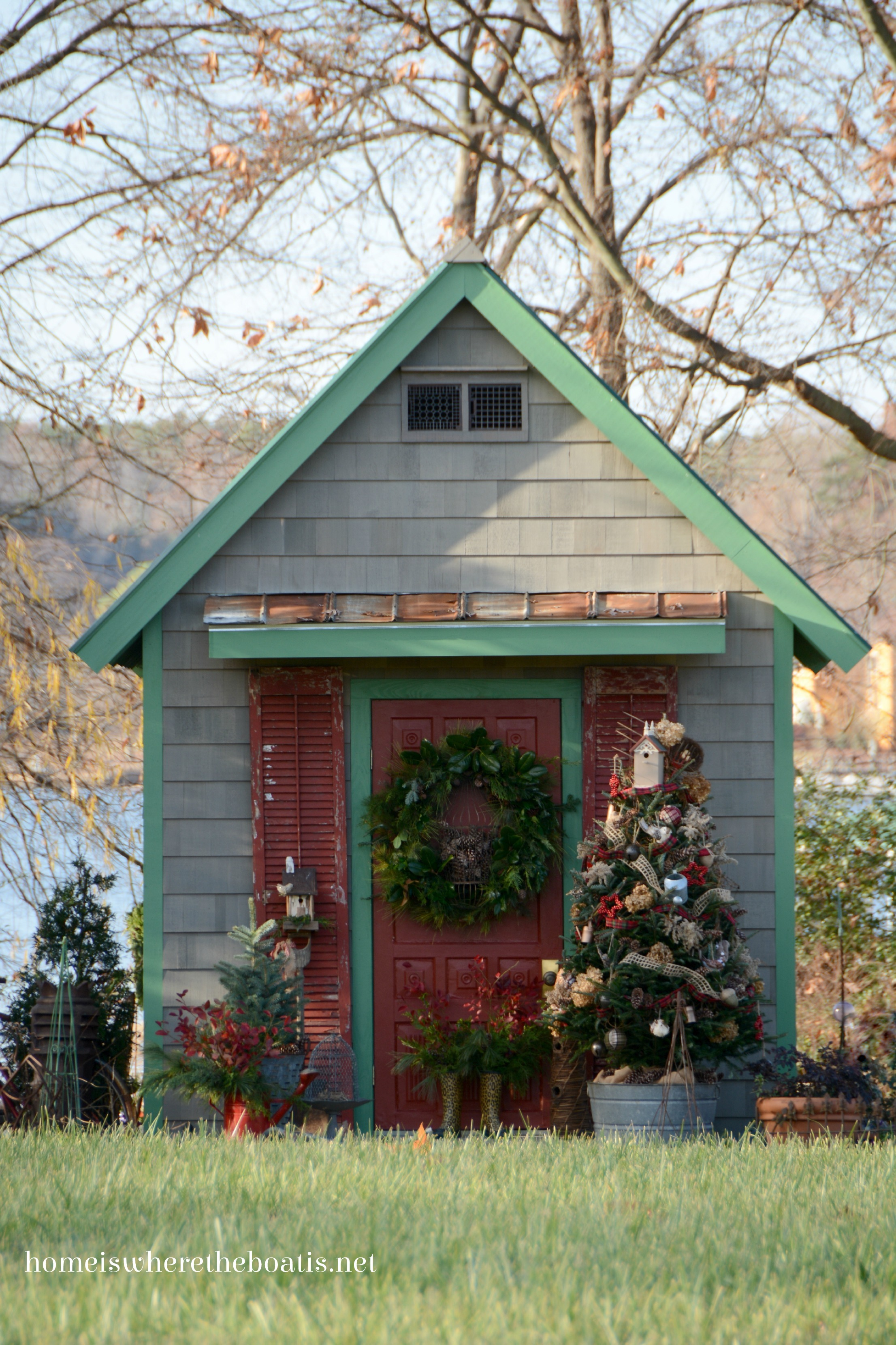 Potting shed christmas sprucing of the porch home is for Potting shed