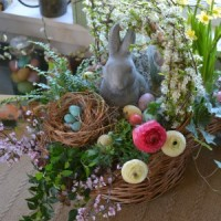 How to Build a Blooming Easter Basket