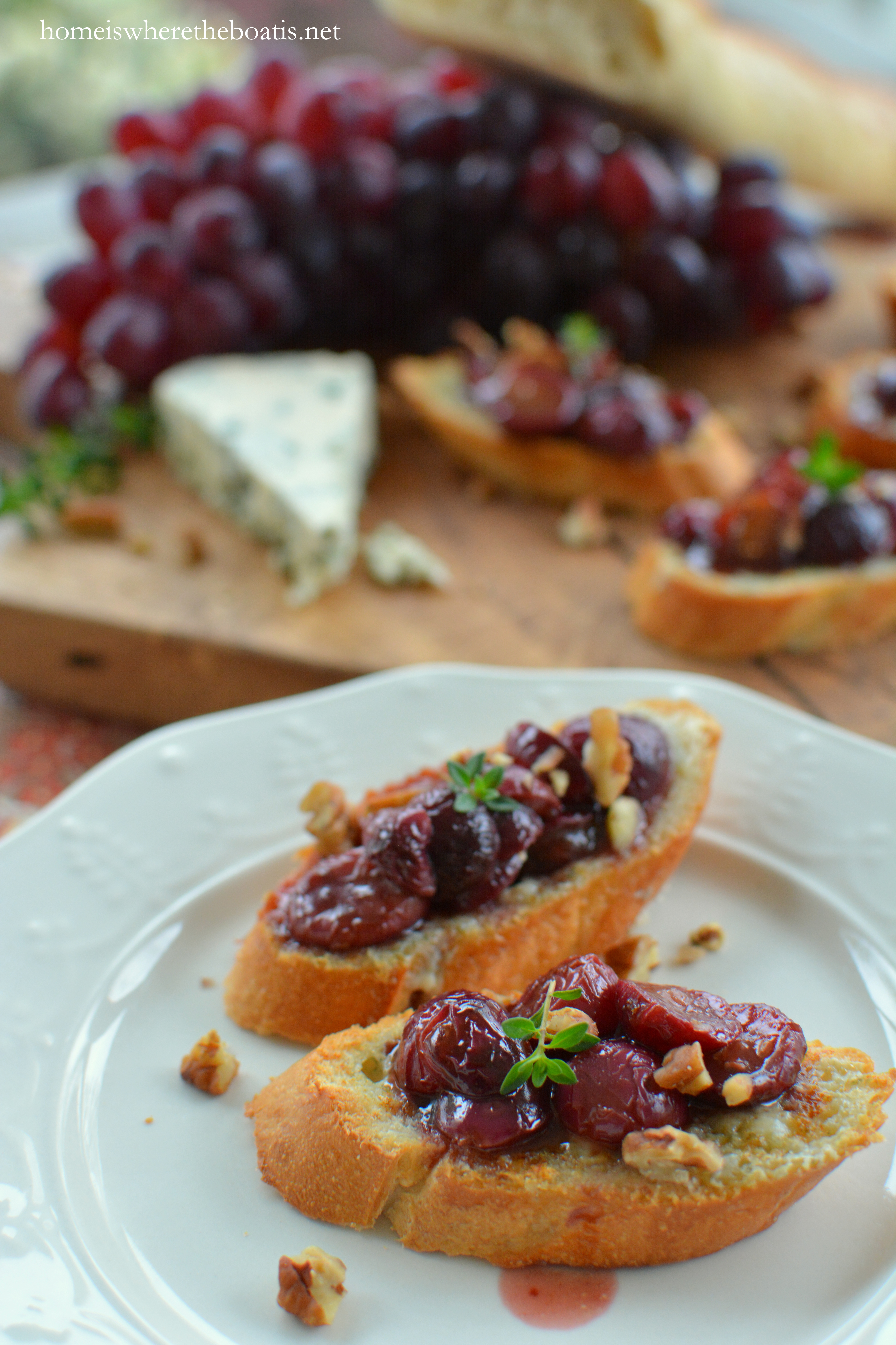 grape and honey grape crostini with blue roasted grape and goat cheese ...