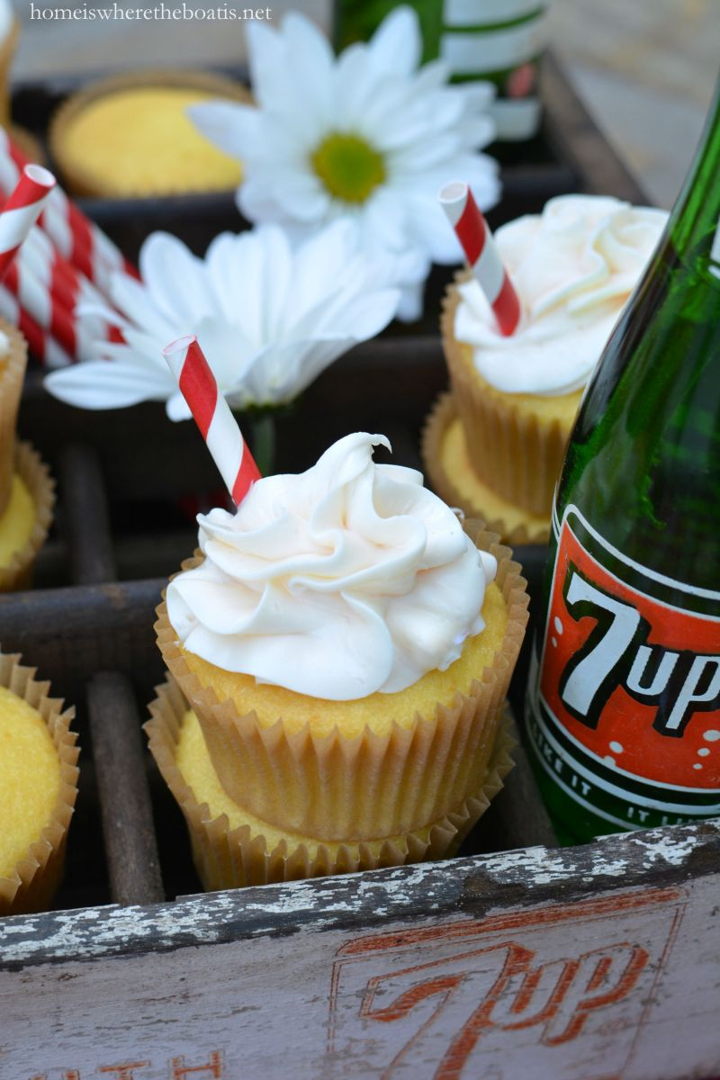 """Fresh Up"" with 7 Up: 2-Ingredient Cupcakes!"