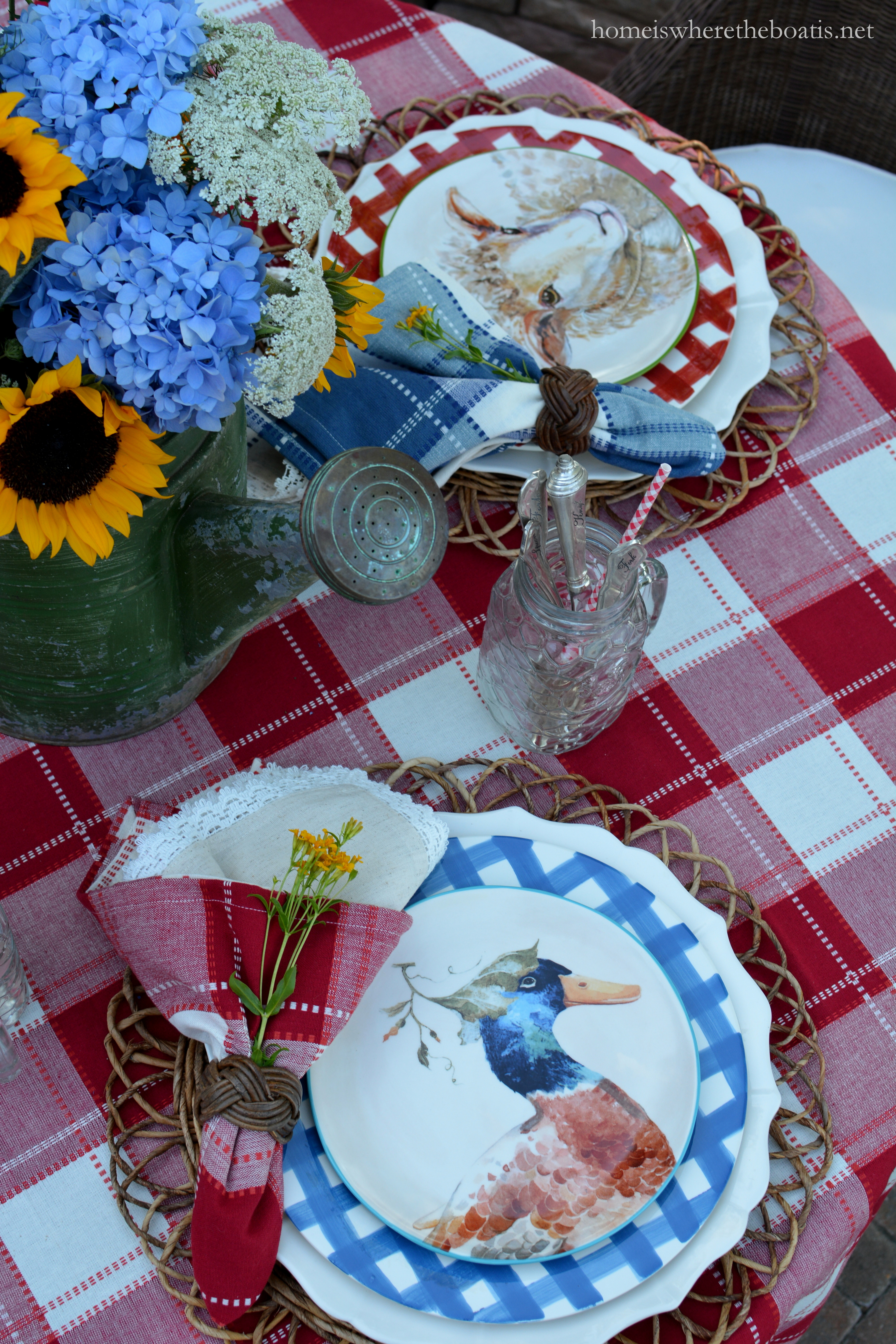 Quackers Trudie Dottie and Clooney all ready to serve up smiles and a little whimsy at the table. & Farm to Table Whimsy: Plaid and Barnyard Animals u2013 Home is Where the ...