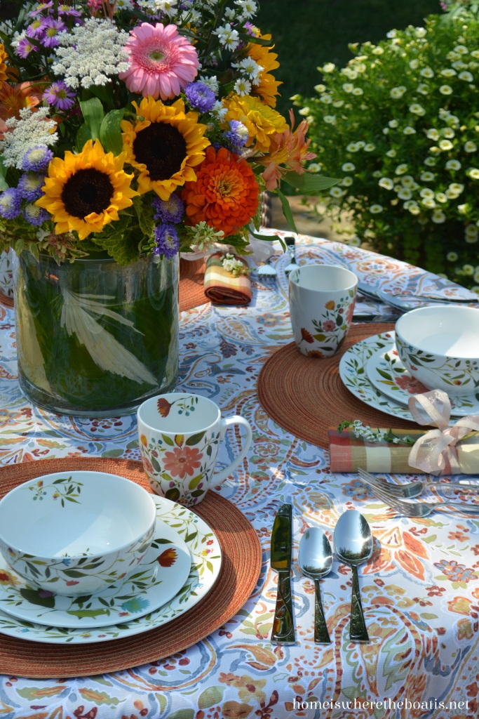 An Alfresco Table With Kim Parker Woodland Floral By