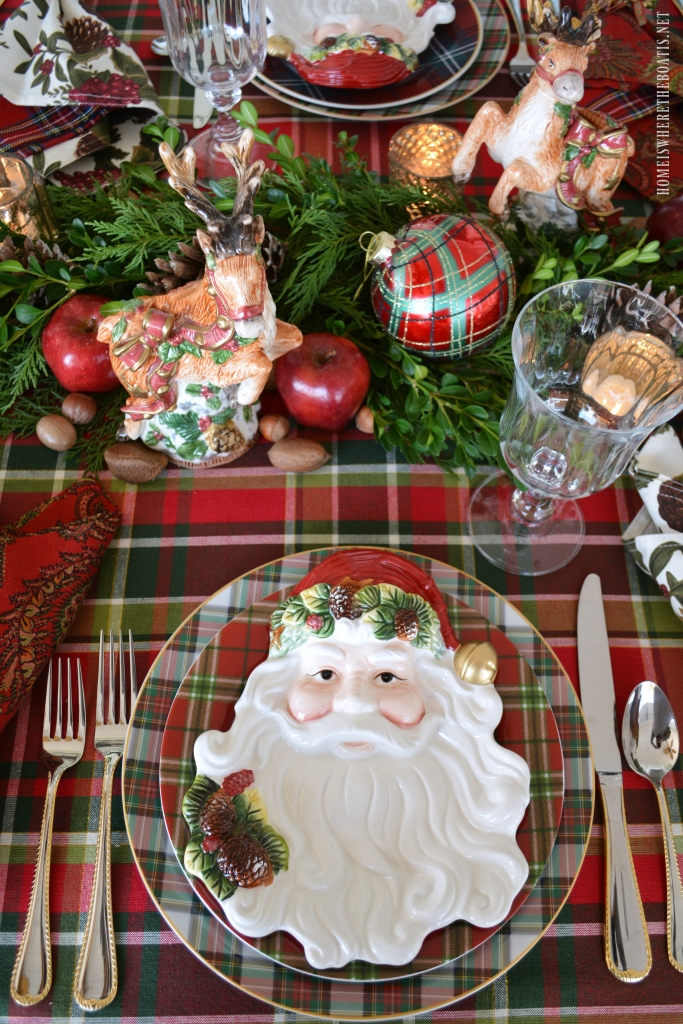 half way through photographing this table i remembered i had a couple of reindeer waiting to put in their annual appearance - Christmas Plaid Table Runner
