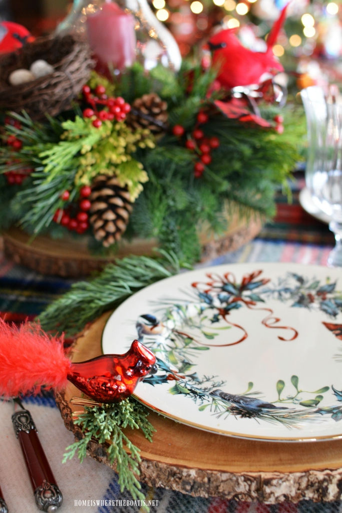 Christmas nesting and a 'deck the halls giveaway home