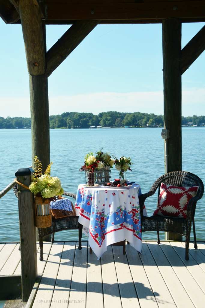 Floral Friday Ball Jar Bouquets And A Lakeside Picnic