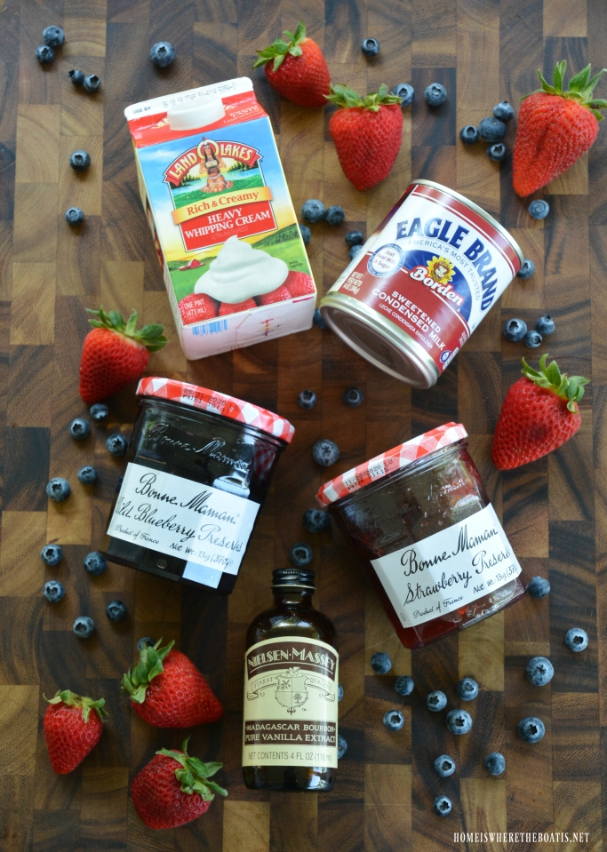 Red, White & Blueberry No-Churn Ice Cream Ingredients #patriotic #desserts #memorialday #4thofJuly #icecream #berries