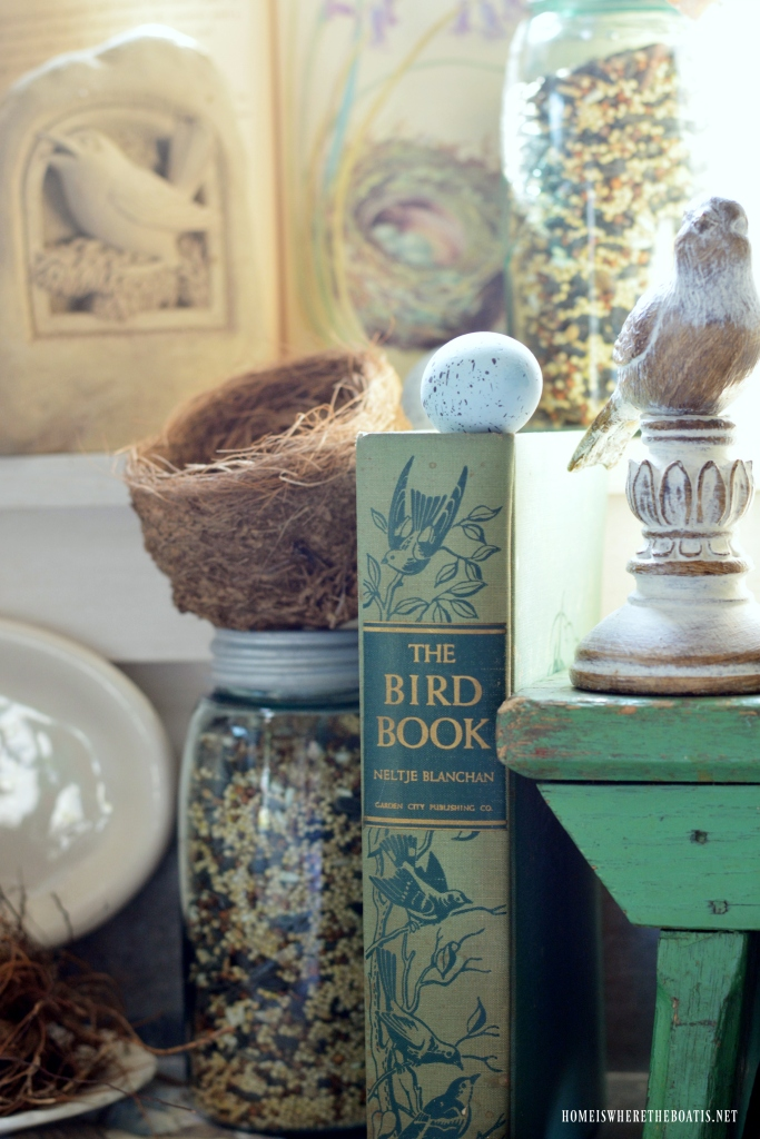 Tabletop Nesting in the Potting Shed | ©homeiswheretheboatis.net #bird #nests #birdhouses #tablescapes