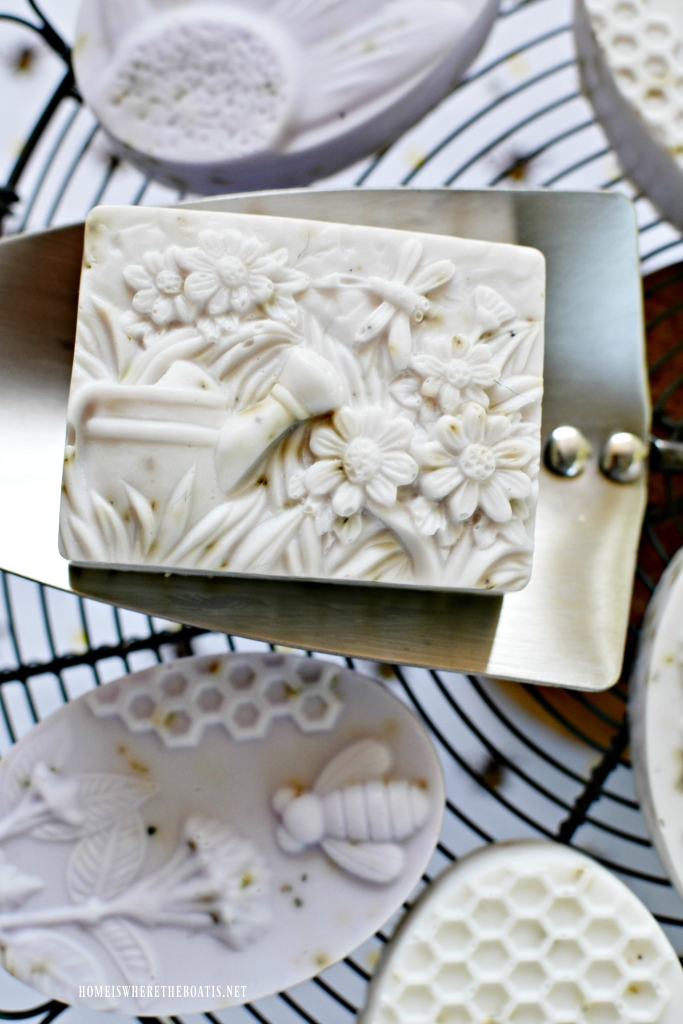 8a637269a9f9c Bee-utiful DIY Lavender-Rosemary Soap Bars – Home is Where the Boat Is