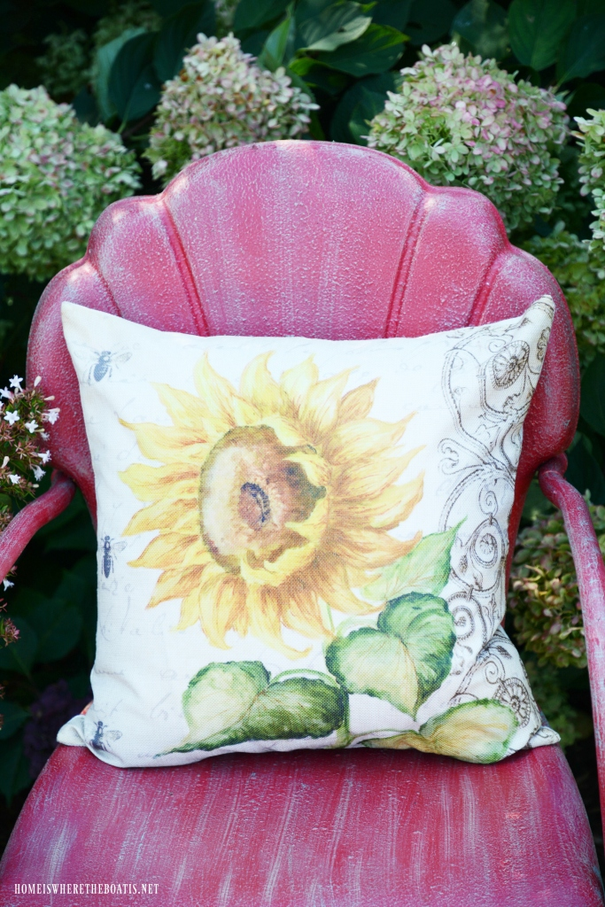 Vintage Lawn Chair with Sunflower Pillow | ©homeiswheretheboatis.net #chalkpaint #DIY