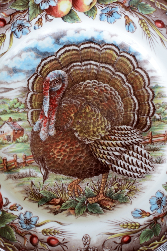 Royal Stafford Turkey plate | ©homeiswheretheboatis.net #thanksgiving #tablescapes #easy #turkey