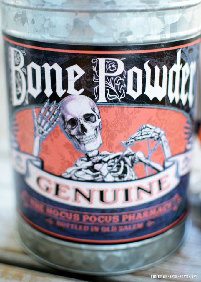 Bone Powder Tin for Flower Arrangement for Halloween | ©homeiswheretheboatis.net #Halloween #skeleton #porch #humerus