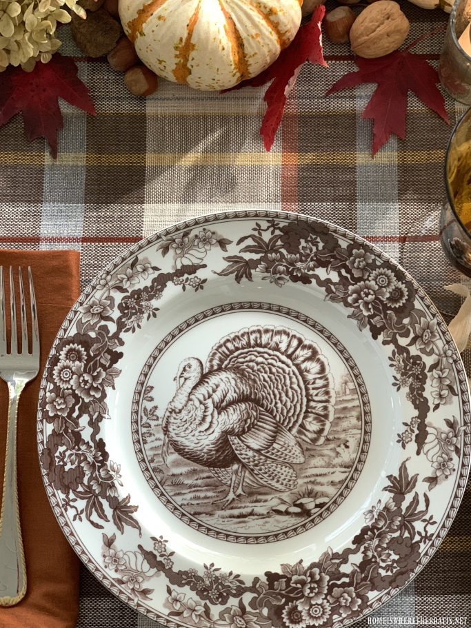 Spode Celebration Thanksgiving Turkey | ©homeiswheretheboatis.net #thanksgiving #tablescapes #easy #turkey
