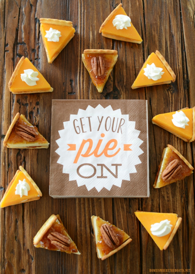 Cheese wedges to mimic Thanksgiving pie | ©homeiswheretheboatis.net #thanksgiving #friendsgiving #recipes #appetizer #cheese