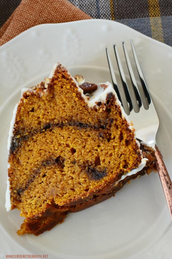 Latte Lover's Pumpkin Spice Bundt Cake with Kahlúa-Cream Cheese Glaze #nationalbundtday #cake #pumpkinspice #thanksgiving #dessert #recipes