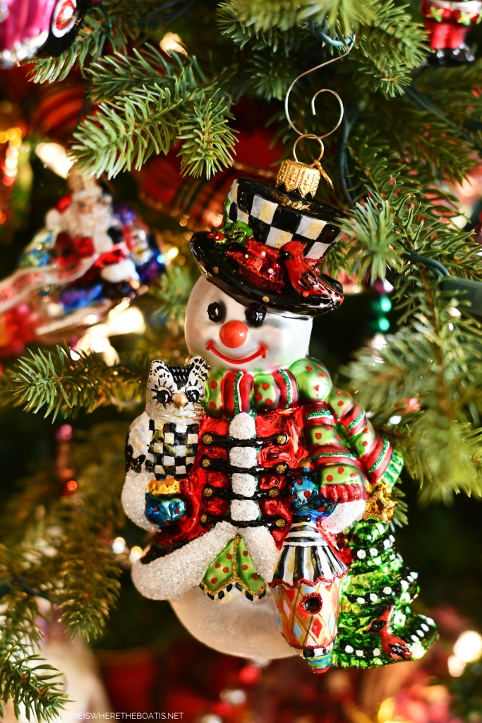 Snowman with owl ornament | ©homeiswheretheboatis.net #Christmas #tree
