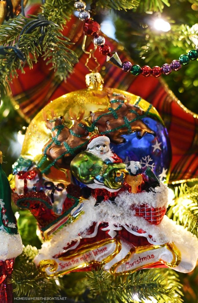 'Twas the Night Before Christmas Ornament | ©homeiswheretheboatis.net #Christmas #tree