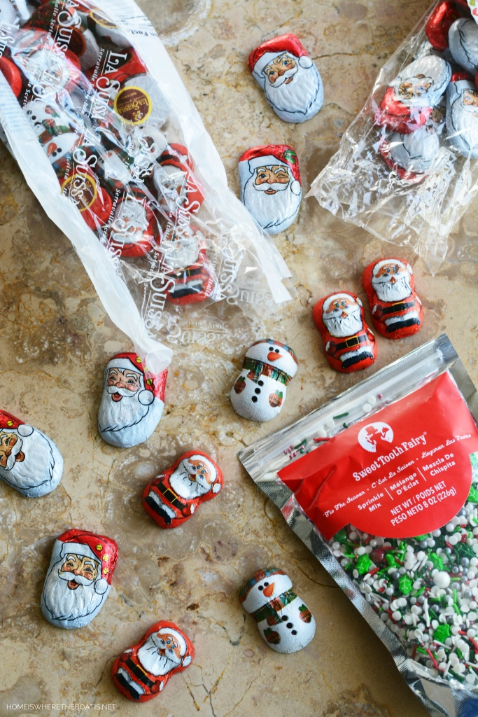Easy No-Bake Christmas Bark Ingredients | ©homeiswheretheboatis.net #christmas #foodgift #easy #recipe #nobake