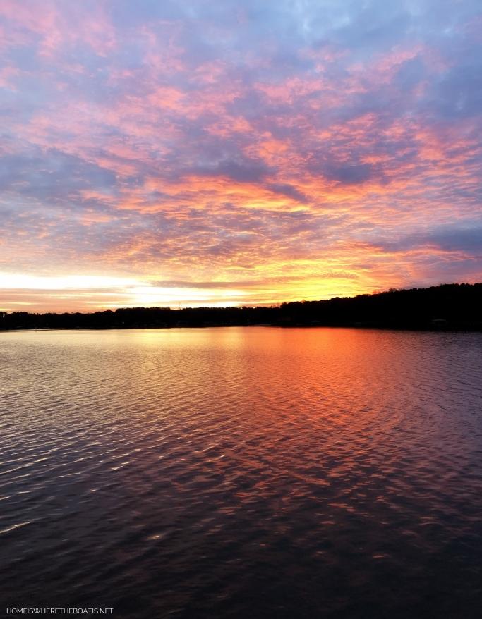 Sunset Lake Norman   ©homeiswheretheboatis.net #sunset #LKN