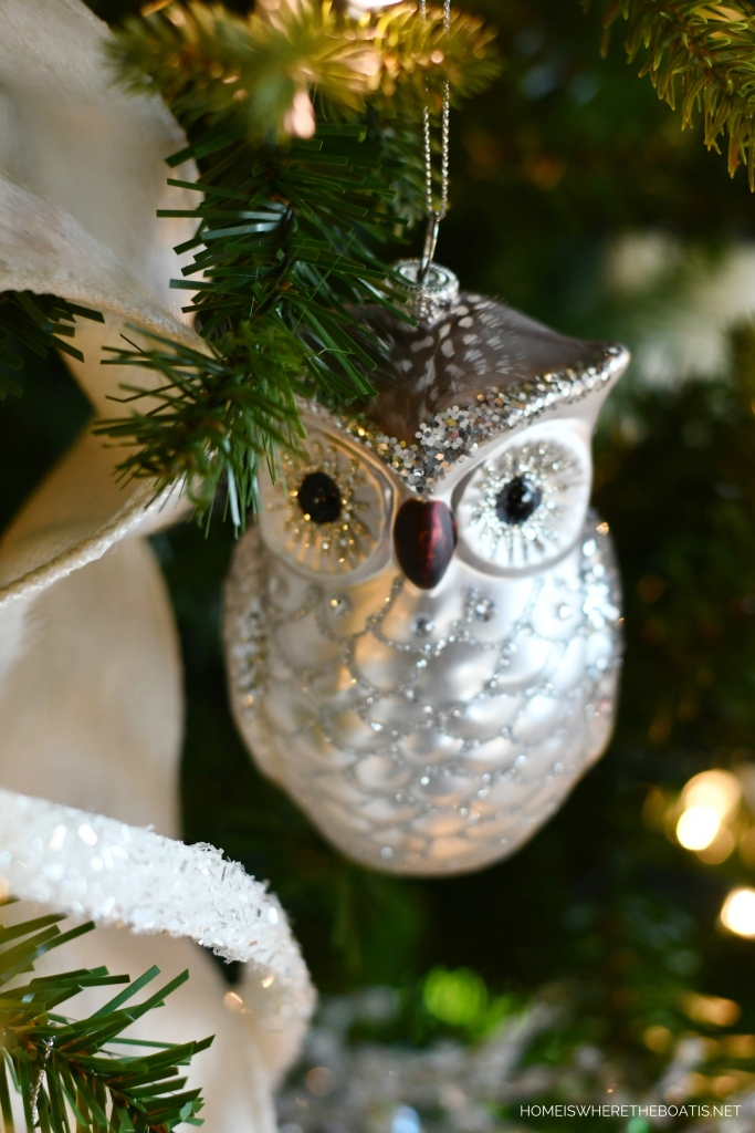 A Winter Nesting Tree for January with owl ornaments | ©homeiswheretheboatis.net