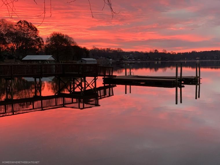 Weekend Waterview Lake Norman February | ©homeiswheretheboatis.net #LKN #sunrise #lake #reflections