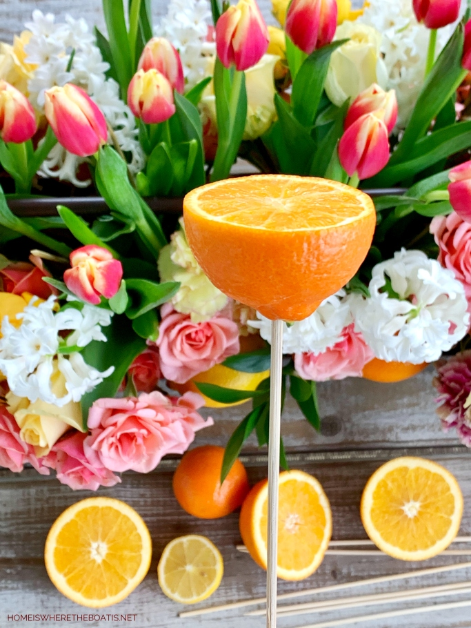 DIY Floral Arrangement with Citrus | ©homeiswheretheboatis.net #flowers #centerpiece #DIY
