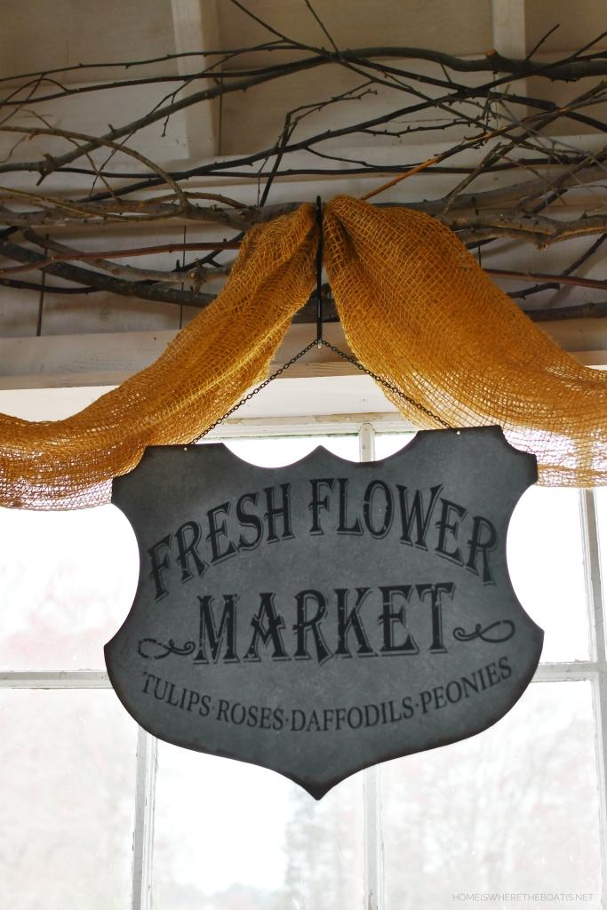 Fresh Flower Market in Potting Shed | ©homeiswheretheboatis.net #spring #flowers