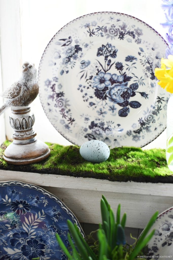 Blue and white floral plate with birds | ©homeiswheretheboatis.net #spring #flowers