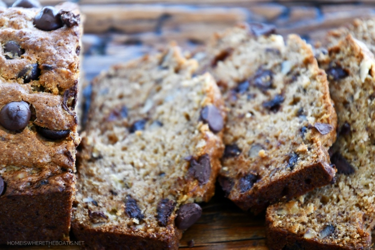 Dark Chocolate Chip-Walnut Banana Bread | ©homeiswheretheboatis.net